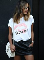 Wholesale-2016 Mode Femme T-shirt Blanc Loose Crew cou manches courtes Summer Tops rose mignons Lips Imprimer kiss me Femininas Blusas Taille S-L