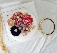 Wholesale Club Lock - Elegant and delicate stereoscopic flower woman hand bag fashion set auger round hand holding packages Club banquet wedding bride hand bag