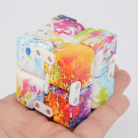 2017 New Camouflage Luxe EDC Infinity Cube Mini pour soulagement du stress Fidget Anti Anxiety Stress Adult Enfants Enfants Funny Toys Best Gift