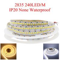 bande led 2835 12v achat en gros de-Rangée simple 2835 1200 SMD LED de bande de 12mm de largeur 5m 12V ruban flexible de 240 LED / m LED de blanc / blanc chaud