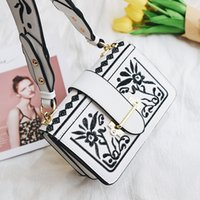Wholesale Brown Italian Leather Handbag - vintage Embroidery bag designer shoulder strap bag fashion italian leather handbags women bags crossbody sac special purse girl