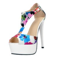 Wholesale Sandals Woman Shoes China - Flower Print T-Strap Women Sandals Open Toe Platform High Heels Summer Shoes Women Shoes China Runway Shoes Plus Size