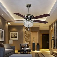 Ventiladores de techo Luxury Crystal Light Lamp con control remoto 42-inch 220V 110V Modern Ceiling Fans Lights con 5pcs Antique Wood Blade