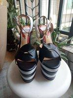 cinturones gruesos sandalias al por mayor-2017 sandalias de lujo grandes del diseñador del estilo europeo sandalias, zapatos de cuero, hebilla de correa, plataforma del talón de los zapatos de tacón alto con pendiente,