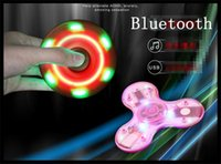 Dent en cristal bleu LED Fidget Spinner avec interrupteur Triangle Finger Spinning 3 Flash light Mode Doigts de décompression LED Chrome Hand Finger