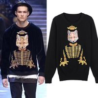 Livraison gratuite 2017 Black Fox Crown Gold Line Embroidery Pullover Men Brand Same Style O Neck Manches longues Hommes Sweaters DH320