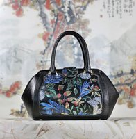 Wholesale Blue Acrylic Paint - Free Shipping!2017 Hot Sell Newest Classic Fashion Style chinese style Lady Genuine Leather top handle bag hand-painting #9008A