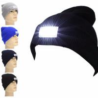 ingrosso le luci dei cappelli da caccia-Cappellino Snapback Cappellino LED Beanie con 2 batterie per la caccia Camping Running Cappelli Vintage da pesca