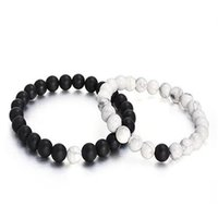 achat stein armbänder großhandel-Herren 8mm Perlen Armband Naturstein Lava Rock Armband Schwarz Weiß Matt Achat für Paare sein und ihr Geschenk