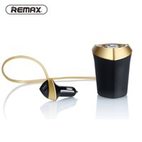100% Original Remax Cup Car Charger Cigarette Lighter Voltage Display Cigarette Lighter Plug Socket Splitter 3 USB Carregador de carro para telefone GPS