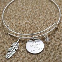 ingrosso bacchetta magica unisex-12pcs Wizard Magic bracelet HP It's LeviOsa not LevioSA Wizard Strega cristalli di Hogwards Spilla bacchetta magica