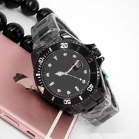 Wholesale Womens Christmas Tops - Free shipping new Designer model top brand Black watches Luxury womens fashion mens automatic date wristwatch Casual quartz clock movement