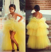 vestidos de bola amarilla para los niños al por mayor-Diseño árabe Vestido de fiesta amarillo Vestidos de niña de flores para la boda Flores de tul Puffy Vestidos de primera comunión Vestidos formales para niños