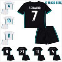 Wholesale Kids Kds - 2017 2018 Kds Real Madrid Soccer Jerseys Ronaldo BALE Uniform Youth Camiseta de futbol 17 18 Real madrid kids kits ISCO MORATA Jerseys