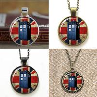 ingrosso gemelli tardis-10pcs Doctor Who Ispirato Tardis UK Flag vetro cupola pendente collana portachiavi segnalibro gemello braccialetto orecchino