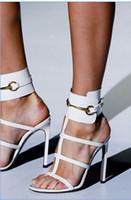 sandales de gladiateur blanches noires achat en gros de-Blanc Noir Rouge Bleu Sandales Talons Aiguilles Escarpins Sexy Escarpins Découpés À La Cheville Gladiators Cuir verni Sandales Pour Femme
