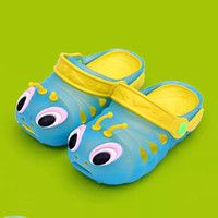 Wholesale Slipper Caterpillar - Children's cool slippers summer caterpillar boy girl's hole shoes are anti-skid and jelly children's shoes