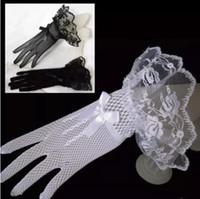 elfenbein braut abendkleider großhandel-Finger-Schwarz-Elfenbein-rote Spitze-kurze Brauthochzeits-Handschuhe für Braut-Hochzeits-Zusätze eine Größe geben Verschiffen-Handschuhe für Abend-Abschlussball-Kleid frei