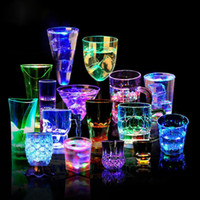 Wholesale Wedding Souvenir Wine - Colorful Led Cup Flashing Shot Glass Led Plastic Sense Neon Cup Birthday Party Night Bar Wedding Beverage Wine Flash Cups OOA1836