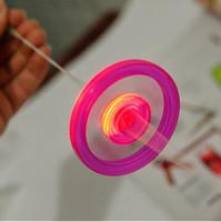 проблесковый светодиодный вращающийся верх оптовых-Дешевые светодиодные непоседа Spinner для детей светодиодные игрушки звук горит НЛО тянуть светоизлучающий маховик вспышка верхней стороны летающая тарелка спиннинг игрушки подарки