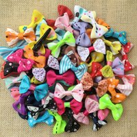 Wholesale Mixed Apparel - 100PCS lot Wholesale handmade colorful mix small bows Dog Puppy cat Pet Bow Hairpins Hair Clips Grooming barrette Apparel accessories PD034