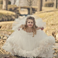 Wholesale dress first comunion - 2018 Cute Ball Gown White Flower Girls Dresses Princess Spaghetti Puffy A Line Kids First Communion Dresses Vestidos de comunion