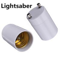 e26 e27 luces led de base al por mayor-Alta calidad GU24 a E26 GU24 a E27 Convertidor de soporte de lámpara Base Bombilla Adaptador de enchufe Material incombustible Adaptador de luz LED Convertidor en stock