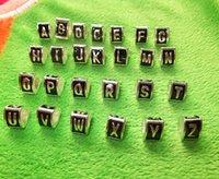 ingrosso monili quadrati neri del branello-Triangolo Allentato Metallo A-Z Lettera Cube Cuore quadrato Nero Smalto Perline Grandi Fori Fit Europeo Serpente scheletro braccialetto / Collana Gioielli
