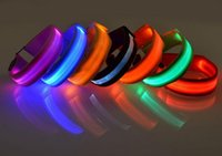 Pet Led Dog Collars Pour Chiens Animaux Chats Glow Led Collars Clignotant Light Up Nylon Collar Night Safet Productos Dark Dog Leash