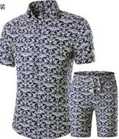 nuevos trajes de verano para hombres al por mayor-Camisas de verano de los hombres + Shorts Set New Casual impreso camisa de moda hawaiana Homme corto de impresión masculina traje de juego conjuntos más el tamaño