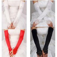 guantes largos de novia de marfil al por mayor-Guantes de novia largos sin dedos 2017 nuevos guantes de boda con apliques de encaje para el vestido de boda Elegantes blancos / marfil / negro accesorios de la boda