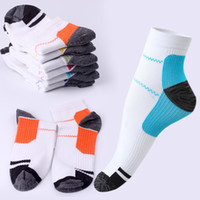 Wholesale Cool Boy Socks - Rushed Unique Plantar Fasciitis Heel Arch Pain Relieving Compression Socks Best Gift To Cool Men Boys Free shipping