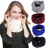 musikpelz großhandel-Frauen Winter Warm Wearable Bluetooth Musik Headset Schal Damen Verdicken Stricken Faux Fur Music Kragen Schal Lautsprecher Kopfhörer