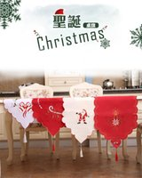 New Christmas Satin Table Runner 40 * 170cm Broderie Hollow Out Chaise Runner pour Christams Wedding Holiday Decor Nappe Table Table