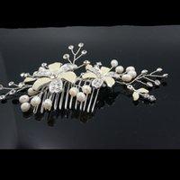Wholesale Design Hair Combs - Bridal Headwear Wedding Jewelry Crystal pearl Stunning wedding bridal flower hair accessory headdress 2017 Classic Design