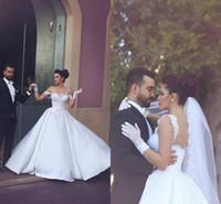 Wholesale Champagne Accent Wedding Dress - Dubai Middle East 2016 Luxury Wedding Dresses Off the Shoulder Lace Accents Bridal Dress Gowns Vestidos De Novia
