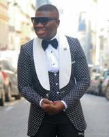 pajarita harris tweed al por mayor-Nuevo estilo padrinos chal solapa novio esmoquin 14 estilos hombres trajes boda / baile / cena mejor hombre Blazer (chaqueta + pantalones + pajarita + chaleco
