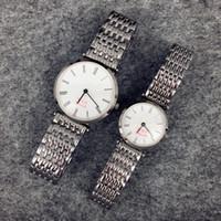 relógio de aço cor do homem venda por atacado-2017 alta qulity mulheres / homem relógio de luxo relógio de ouro / cor de prata de aço inoxidável de quartzo safira japão movimento lady dress watch