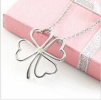 Wholesale 8g Jewelry - Wholesale-Free shipping $10 2016 New Necklace Glossy Flower And Silver Heart Four Leaf Clover Lucky Pendant Necklace Jewelry N019 8g