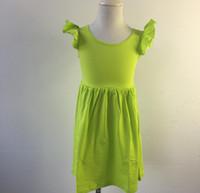 conception de robe petite fille cou achat en gros de-Nouveau design enfants tunique col rond bébé Flutter sans manches Robe Petite robe d'été de filles