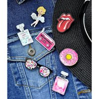 Wholesale Marilyn Monroe Accessories - Wholesale- 7PCS Fashion Acrylic Brooches Pins for Unisex Jewelry Accessories Badge Cartoon Figure Marilyn Monroe Rollingstone Brooch Gifts