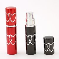 Wholesale Wholesale Glass Bottles Engraved - 5ml Fashion Engrave Heart Lovely Perfume Bottle Charm Sprayer Perfume Glass Bottle Home Fragrances Essential Oils Diffusers