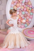 Sexy Children Images Mermaid Lace Applique First Communion Vestidos para meninas Champagne Short Sleeves Flower Girl Dresses