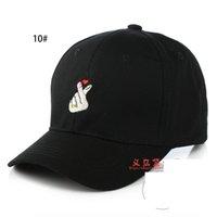 Wholesale Snapbacks Love - Love finger gesture baseball hat right wings long bend eaves summer men and women duck cap tide DS 017