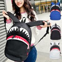 grand sac à bandoulière bleu achat en gros de-Gros-Grand Requin Sac à dos en nylon blanc Sacs à dos noirs et bleus Mochilas sacs à bandoulière de voyage sacs à dos de mode YYA238