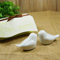 Wholesale Selling Wedding Favors - 2017 hot sell 2pcs box Love Birds Salt and Pepper Ceramic Shakers Wedding Favors party gift for guest
