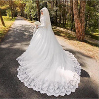 voller ärmel moslemisches kleid großhandel-Arabische muslimische Brautkleid mit langen Spuren Luxus voller Ärmel Frau appliziert Hijab Brautkleider Robe De Mariage