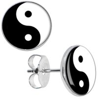 Atacado Studs Earring 50pcs / lot Surgical Steel Chinese Yin Yang Logo Ear Stud Earrings Cheater Plugs Moda Jóias 10mm * 1.2mm ZCST-033