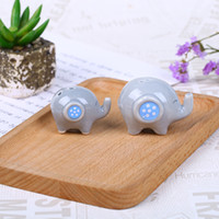 Wholesale giveaway resale online - Elephant Ceramic Condiment Pot Salt And Pepper Seasoning Bottle Novelty Can Wedding Giveaways Festival Party Gift rt F R
