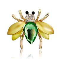 Wholesale Irregular Green Fly Mosquitoes Brooch Gun Black Crystal Insect Bee Brooches for Women Shirt Collar Pins Suits Corsages Jewelry